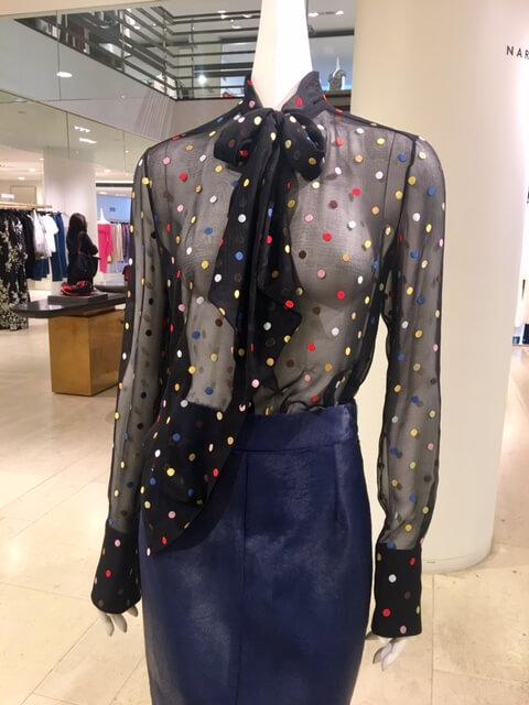 Poás ou bolinhas, quem gosta?-Givenchy Barneys-Nova York-Marcia Crivorot personal shopper em Nova York - Marcia Crivorot personal stylist em Nova York