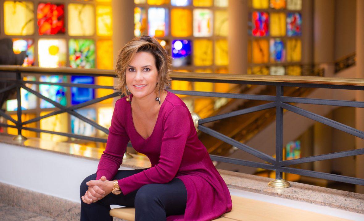 Silvia-Scigliano-ministra-curso-na-FAAP-1180x715